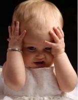 Прыщики на теле маленького ребенка – что это?