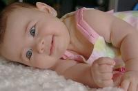 Почему у младенца прыщики?