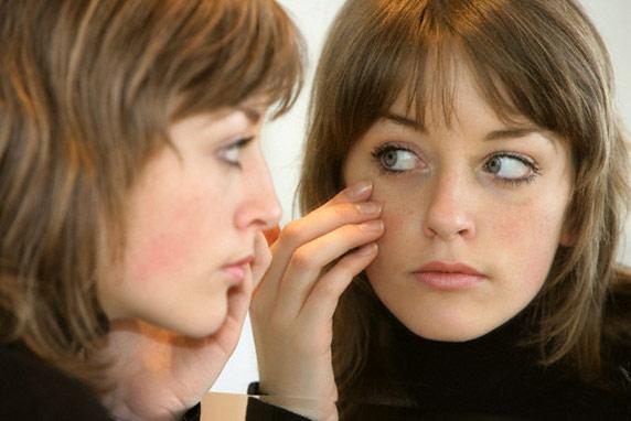 Прыщи на лице как признак внутренних заболеваний